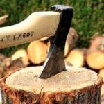 mejor hacha para cortar leña 150x150 - ¿Cuál es la mejor hacha para cortar leña? Comparativa